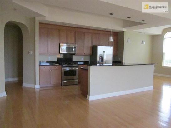 Living room looking towards kitchen. (photo 3)