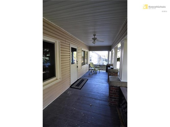 Lots of memories to be made on this awesome covered porch! (photo 3)