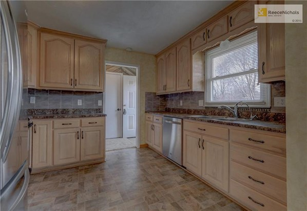 600 N King Terrace, Harrisonville, MO - USA (photo 4)