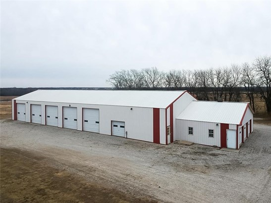 The 120' by 55' building is perfect to store your Boat or RV...stop paying storage for your toys!.  Also ideal for the car collector.  You could also convert to a horse stable.  Just a few of the options available with this building.  Concrete floor, elec (photo 4)
