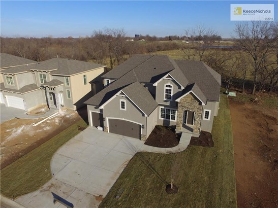 343 Se Brookside Drive, Lees Summit, MO - USA (photo 1)