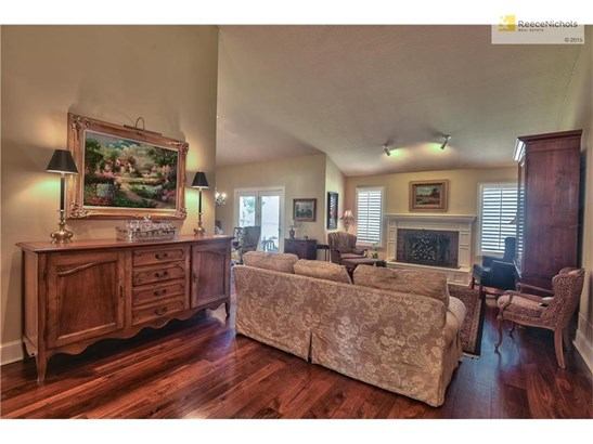 4518 W 90th Street, Prairie Village, KS - USA (photo 5)