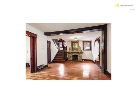View of entryway and staircase (photo 3)