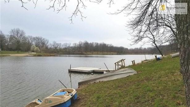 Cabin5 Lake Lenora Drive, Lathrop, MO - USA (photo 5)