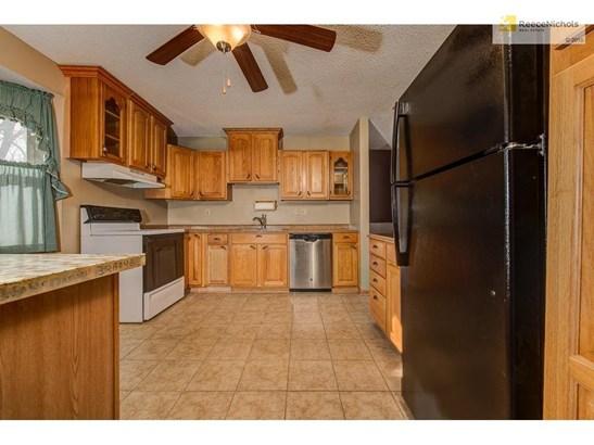 4706 Nw Fisk Avenue, Parkville, MO - USA (photo 5)