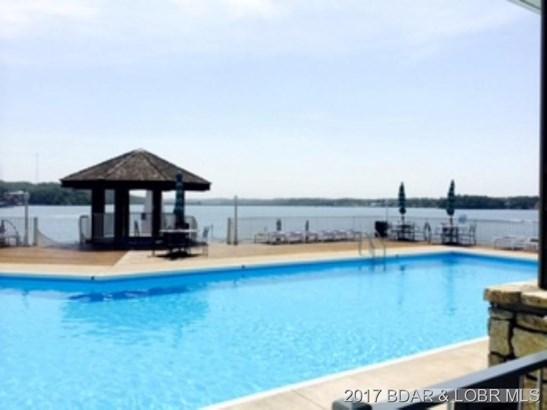 Large Pool (photo 2)