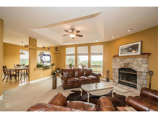 View of breakfast room from family room! Double doors lead out onto deck from main level. (photo 4)