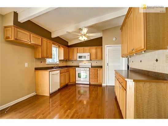 6105 N Garfield Avenue, Gladstone, MO - USA (photo 5)