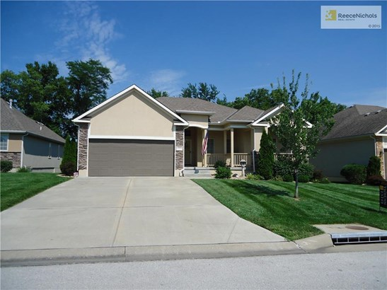 1701 Nw Hedgewood Drive, Grain Valley, MO - USA (photo 1)