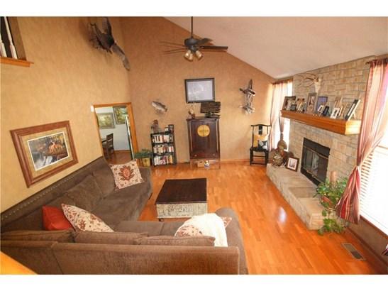 4422 Nw Indian Lane, Riverside, MO - USA (photo 2)