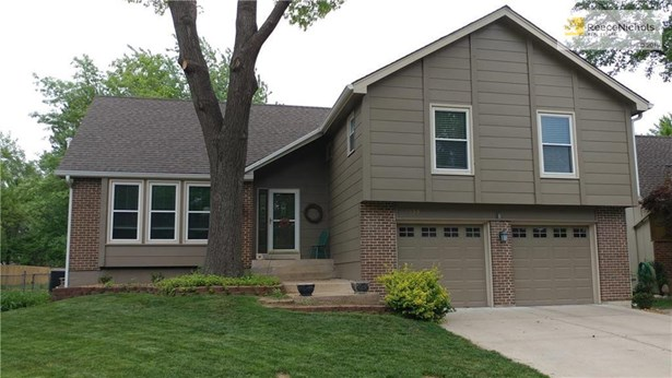 Well cared for home! Ask your agent for the list of updates! (photo 2)
