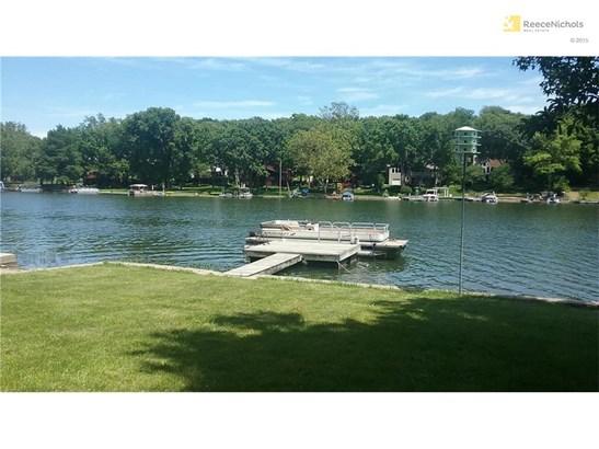 8207 Nw Hillside Drive, Weatherby Lake, MO - USA (photo 4)
