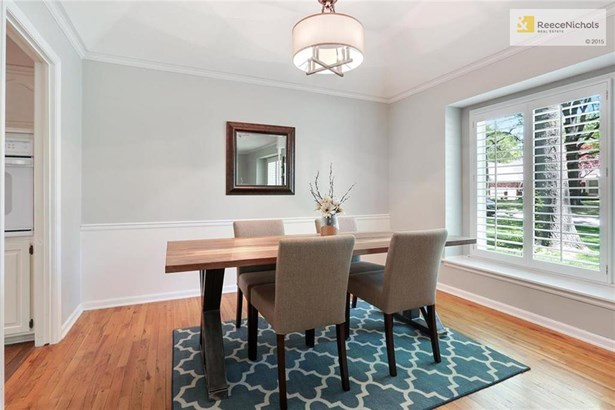 Formal dining room has loads of charm (photo 4)