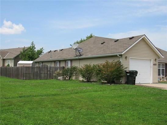 615 Meadowbrook Court, Wellsville, KS - USA (photo 2)