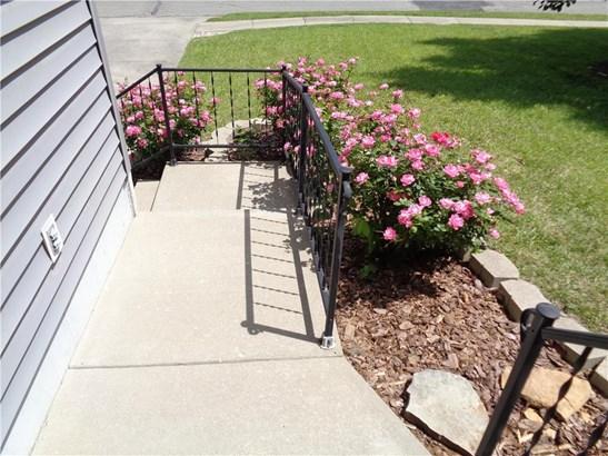1101 Foxridge Drive, Warrensburg, MO - USA (photo 2)