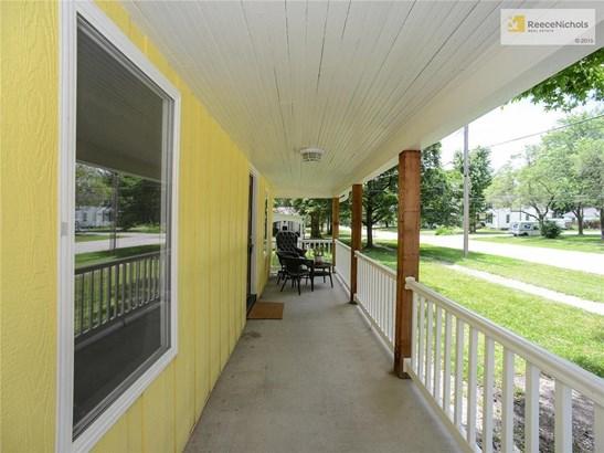 1105 Green , Harrisonville, MO - USA (photo 4)