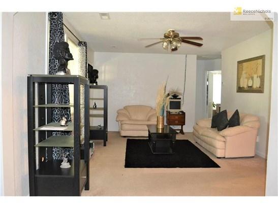 13320 Bennington Avenue, Grandview, MO - USA (photo 2)