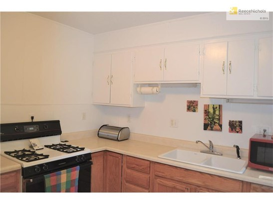 13320 Bennington Avenue, Grandview, MO - USA (photo 5)