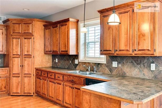 Gorgeous Kitchen (photo 3)