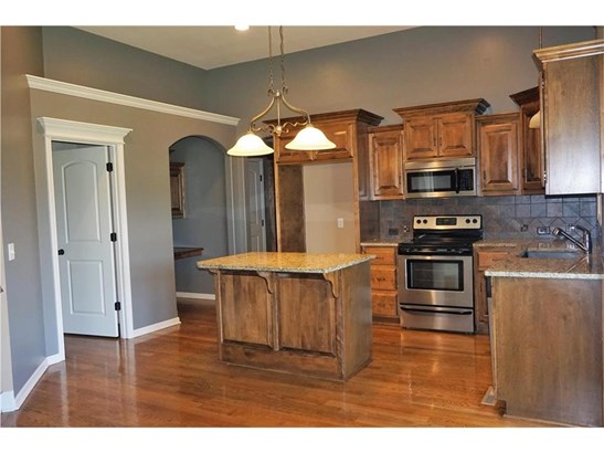 Island kitchen- Granite Counters, Custom Cabinetry, (photo 5)