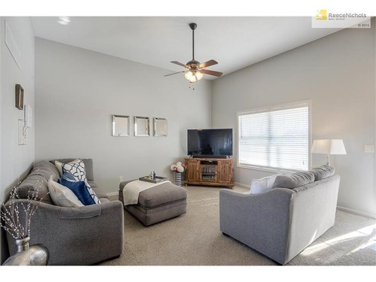13716 Richland Avenue, Bonner Springs, KS - USA (photo 3)