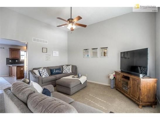 13716 Richland Avenue, Bonner Springs, KS - USA (photo 5)