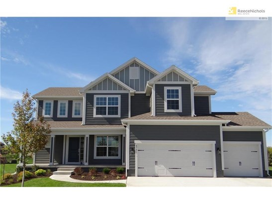 Welcome Home to 8701 SW 4th Street Court in the beautiful community of Lakeside at Chapman Farms. (photo 1)