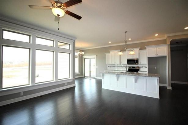 Great Room/Kitchen (photo 5)