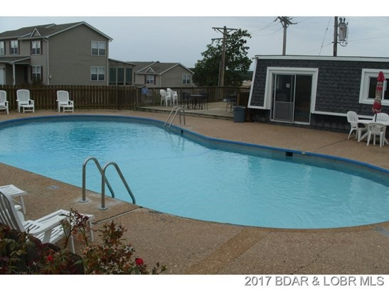 Large pool Lakeview deck (photo 1)
