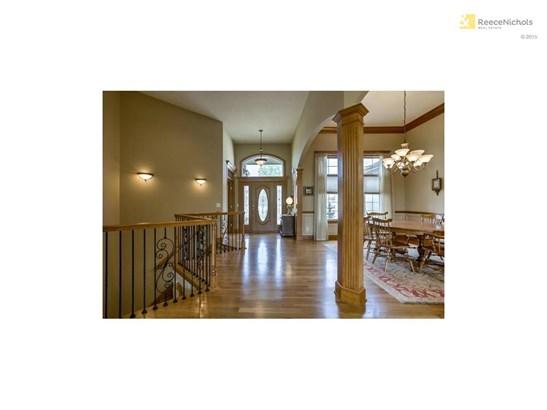 1717 Ne Woodland Shores Court, Lees Summit, MO - USA (photo 3)