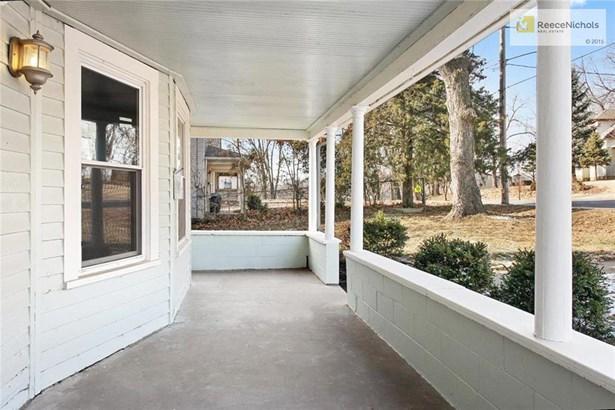306 W 2nd Street, Bonner Springs, KS - USA (photo 3)