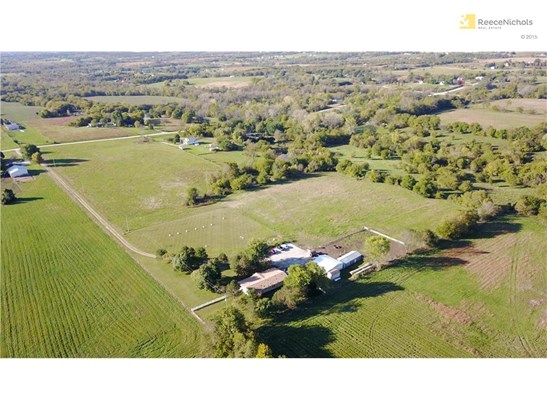 16.3 Acre Horse Ready Home! (photo 1)
