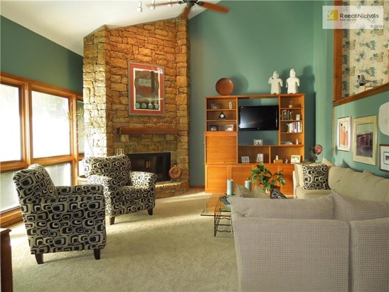 Ambassador-built contemporary.  This home is full of light! (photo 2)