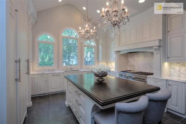 True colonial modeled after Bassett Hall, the Rockefeller Williamsburg homestead!