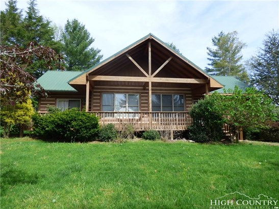Residential, Mountain,Ranch - Fleetwood, NC