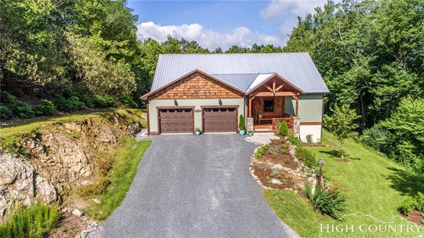 Residential, Cottage,Mountain - Blowing Rock, NC (photo 2)