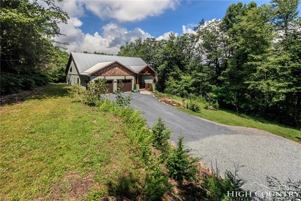 Residential, Cottage,Mountain - Blowing Rock, NC (photo 4)