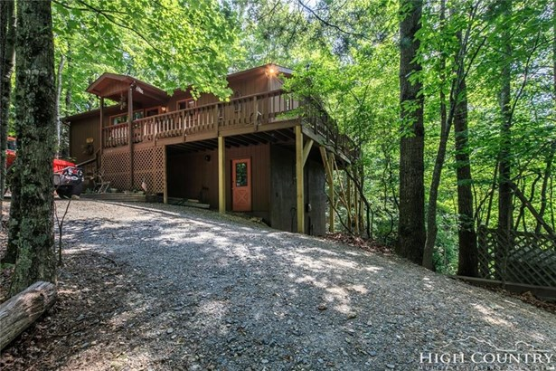 Residential, Cottage,Mountain - Deep Gap, NC (photo 4)