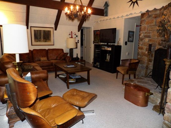 Chalet, Residential - Boone, NC (photo 5)