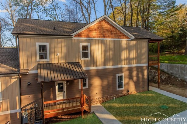 Residential, Cottage - Blowing Rock, NC (photo 4)