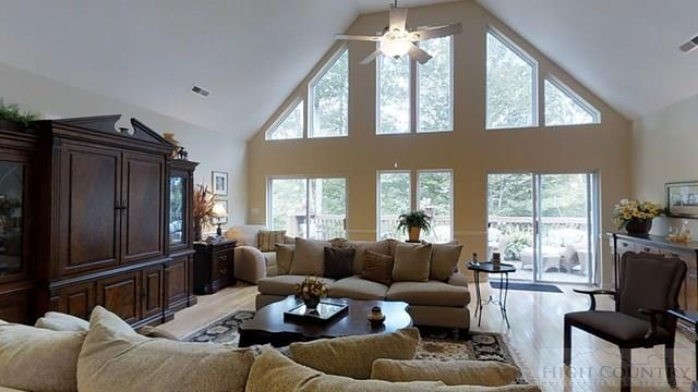 Mountain, Single Family - Beech Mountain, NC (photo 3)
