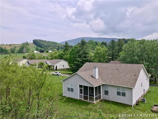Residential, Cottage,Mountain - West Jefferson, NC (photo 5)