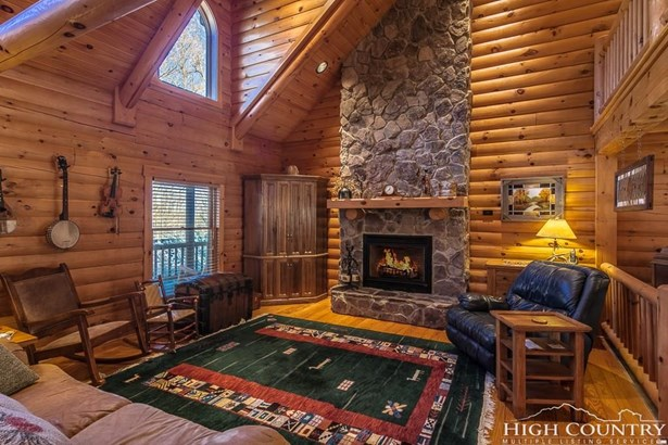Residential, Log,Mountain - Jefferson, NC (photo 4)