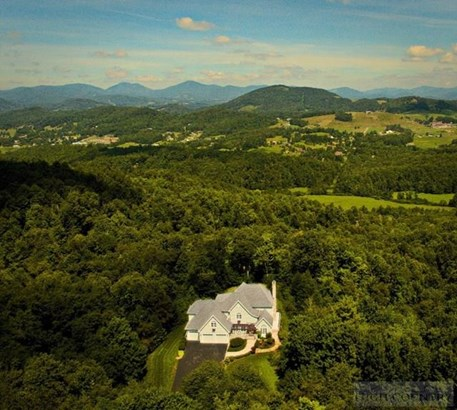 Residential, Mountain,Traditional - Boone, NC (photo 2)