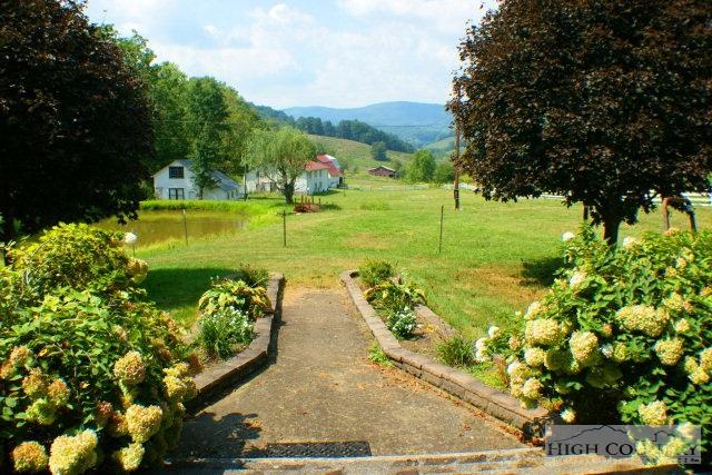 Residential, Farmhouse - Vilas, NC (photo 4)