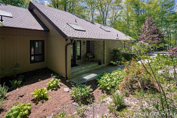 Residential, Cottage,Mountain - Linville, NC (photo 1)