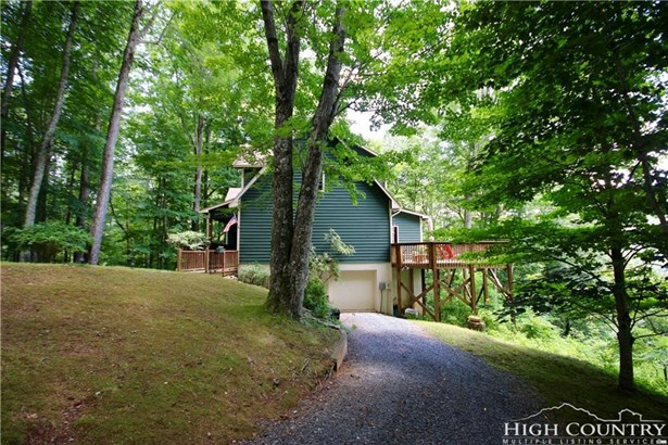 Cottage,Mountain, Single Family - Banner Elk, NC (photo 3)