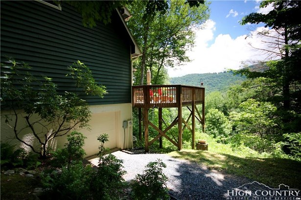 Cottage,Mountain, Single Family - Banner Elk, NC (photo 4)