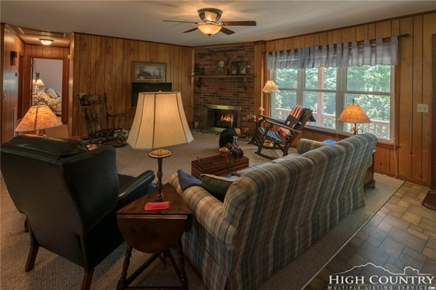 Residential, Ranch - West Jefferson, NC (photo 3)
