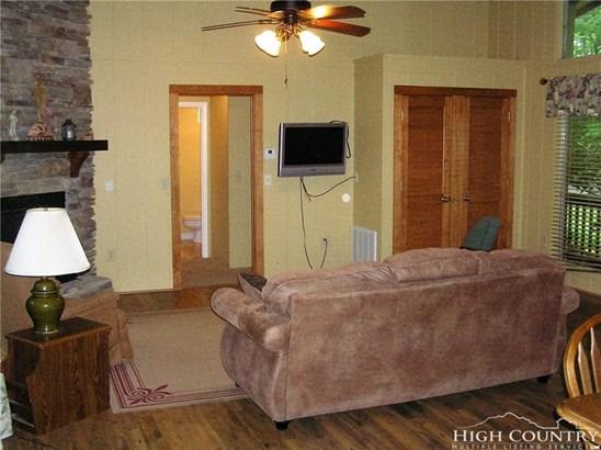 Residential, Chalet,Mountain - Sugar Mountain, NC (photo 3)